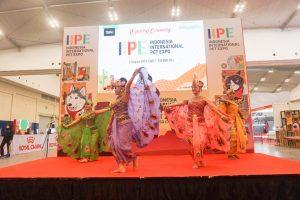 Lenggak-lenggok Tari Merak di Pembukaan IIPE 2019